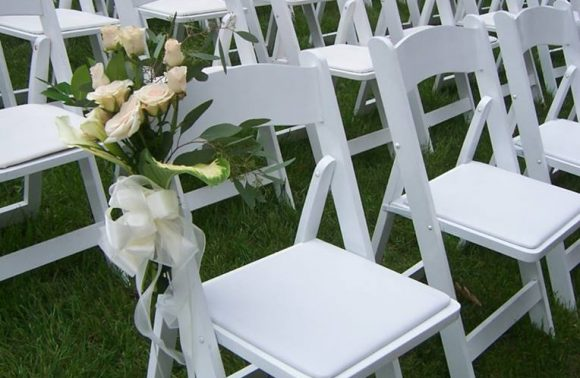 Tampa Chair Rental Advice for Your Next Wedding